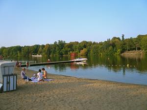 schwimmbad berlin lichtenberg