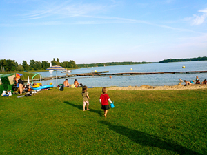 strandbad-storkow-see-brandenburg-1
