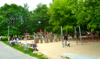 gaerten-der-welt-berlin-spielplatz2