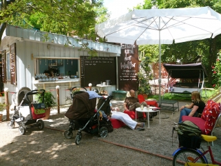 eisbueffee-waffler-berlin-prenzlauer-berg-kollwitzstr-23