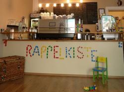 kindercafe-rappelkiste-berlin-friedrichshain-klein