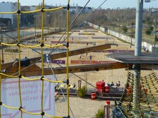 beachmitte-weitblick-beachvolleyball-felder-berlin