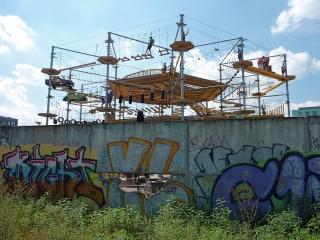 mountmitte-mauer-berlin-mitte-city-hochseilgarten