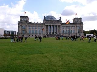 Mitte-Tiergarten-Reichstag-1