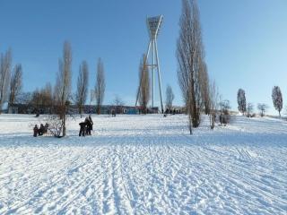 rodeln-schlitten-mauerpark-P1000293