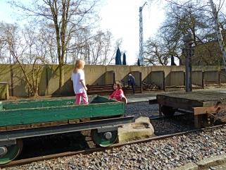 naturpark-suedgelaende-berlin-waggons