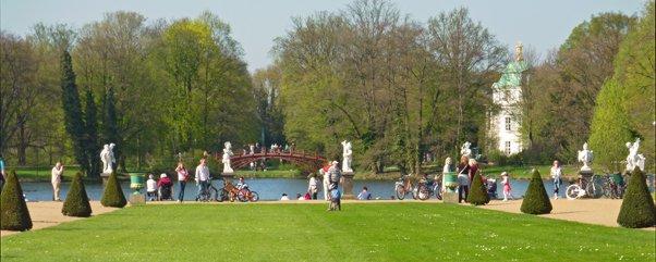 schloss-charlottenburg-berlin-schlosspark