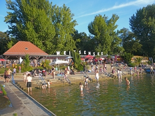 weissensee-uebersicht-strandbad-berlin-pankow-weissensee