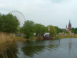 baumbluetenfest-werder-havel-riesenrad