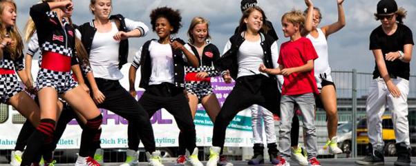 kids-parade-berlin-spandau-olympiastadion (8)