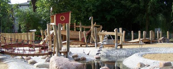 Koenigs-Wusterhausen-Wasserspielplatz-Familienausflug