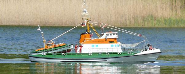 Großes schiffsmodellbautreffen im britzer garten in berlin neukölln