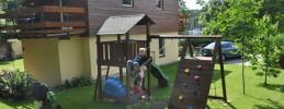 Werbellinsee-Ferienwohnung-fuer-Familien-mit-Kindern-eigener-Badestrand-A