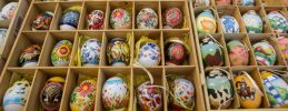 Saisonauftakt in den Späth'schen Baumschulen - Ostereiermalen in sorbischer Tradition – Kräutertage im Kräutergarten – Frühlingsblüher und Osterfeuer
