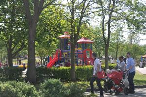 Der Erlebnispark Paaren bei Berlin lockt mit Angeboten für die ganze Familie zur Eröffnung der Saison.