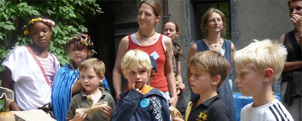 Sommerferienkurs im Hof vom Märkischen Museum Berlin -Tagesgäste sind ohne Anmeldung willkommen