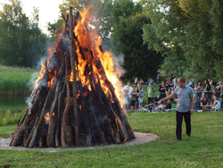 buhne 16 osterfeuer