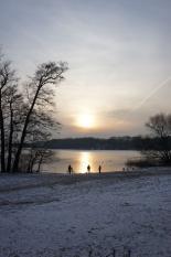 Sacrower See mit dem Restaurant Landleben in Potsdam im Winter