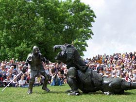 Wikingerfest-Schildow-Monsterritter-und-Birgon