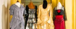 Kostümverkauf im Foyer © Komische Oper Berlin