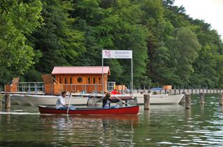 Stechlinsee in Brandenburg mit Bootsverleih